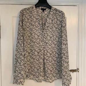 The Limited - Top / Blouse - White Pattern